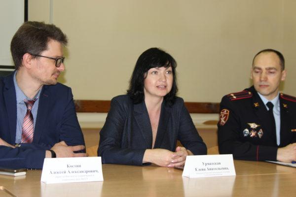 Председатель Союза журналистов Кировской области приняла участие в круглом столе, посвященном тонкостям работы пресс-служб силовых ведомств