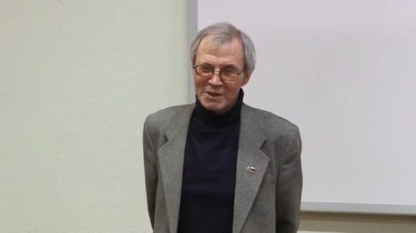 Скончался известный кировский журналист Виктор Чудиновских